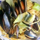 ムール貝とキャベツのペペロンチーノ