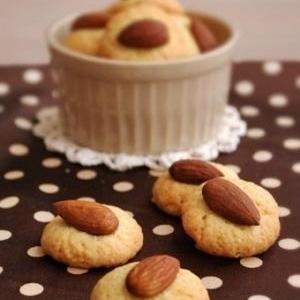 プチアーモンドクッキー