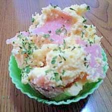 お弁当のタマゴサラダ