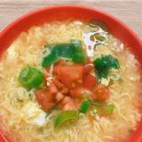 インスタントをアレンジ!中華風トマト卵ラーメン