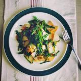 ジャガイモとアスパラ菜のガーリック炒め