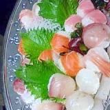 食べるのが楽しくなる!コロコロ手まり寿司