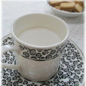 ほっこりリラックス~生姜とカモミールのミルクティー