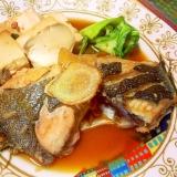簡単すぎる和食メイン♪子持ちカレイと豆腐の煮付け