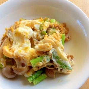 朝食に★アスパラ、卵オリーブ油炒め