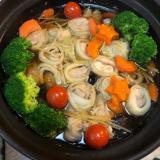 ぐるぐる白菜ロール鍋 鶏肉&豚肉