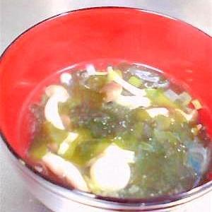 カロリー控えめ、食物繊維たっぷり!糸寒天スープ♪