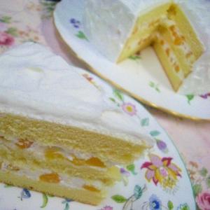 普段のおやつに!桃缶で生デコケーキ