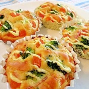 トマトとベーコンとブロッコリーの朝食マフィン♪