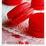 ✿真っ赤な苺のマカロン✿