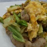 朝食に♪卵とウインナー野菜炒め☆