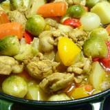 ストウブDe〜鶏肉と彩り野菜のカレー風煮込み