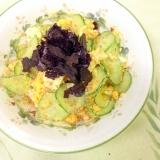 ゆで卵ときゅうりの簡単サラダ