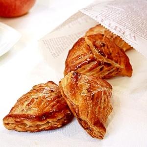 【ママパン】レーズンとクルミを包んだアップルパイ