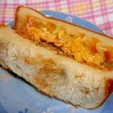 ハンバーグ・卵サンド