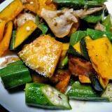 ドレッシングでさっぱり味付け☆豚バラ野菜炒め