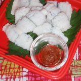 湯引き鱧の梅肉ダレ