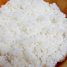 簡単配合の合わせ酢で作るすし飯(酢飯)