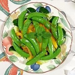 スナップえんどうと玉葱のサラダ