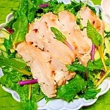 鶏胸肉+塩麹☆スキレットで軟らかハム風