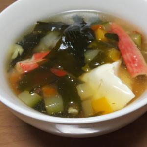 豆腐とカニかまのコンソメスープ