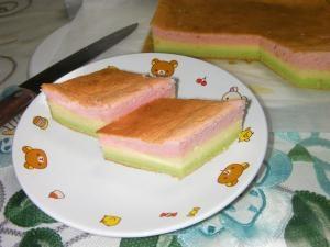 ひな祭りに 三色ひしケーキ