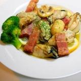 ぷっくり牡蠣の!牡蠣とマッシュルームのアヒージョ