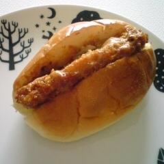 鶏カツとBBQソースのロールサンド