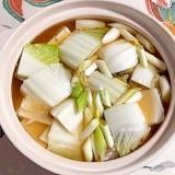 鶏だんご、牡蠣、真鱈、焼き豆腐の鍋物