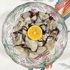 牡蠣と塩昆布の和え物