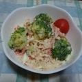 ブロッコリーとカニカマと卵のサラダ