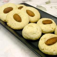 混ぜるだけ簡単☆サクサク♪アーモンドクッキー