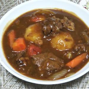 牛スネ肉とトマトと野菜のシチュー☆