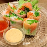 Thai☆サーモンと焼豚の生春巻き