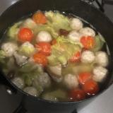 野菜とお肉の出汁だけで美味しいスープ
