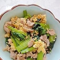 ふわっと卵にお肉の旨みを絡めて♪スタミナ満点の「豚肉の卵炒め」献立