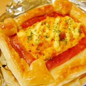 簡単♪ぱぱっと卵とベーコンのパイシート焼き