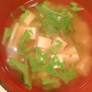 豆腐と水菜の味噌汁
