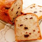 レーズンとくるみの山食パン
