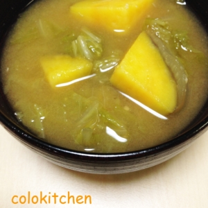 白菜と安納芋の味噌汁