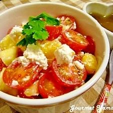 トマトとパイナップルのサラダ&はちみつドレッシング