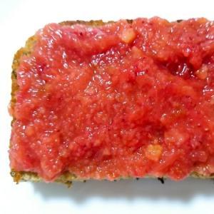 すりおろしバームクーヘンと苺ジャムのトースト