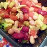 アボカドとお豆のサラダ♪