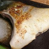 ストウブDE〜ぶりカマ塩焼き
