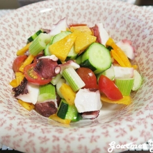 柿とタコのサラダ
