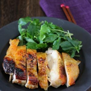 鶏肉の柚子胡椒西京焼き。
