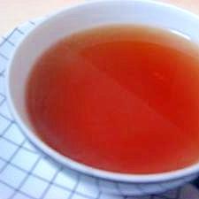 サーモボトルで紅茶を淹れる。