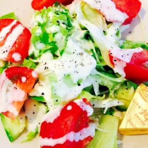 ★超簡単!肉厚トマトのゴロゴロサラダ