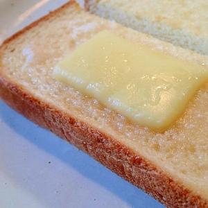 ミルクジャム&チーズ&シュガートースト