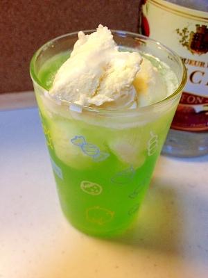 ライチ☆メロンクリームソーダのお酒**